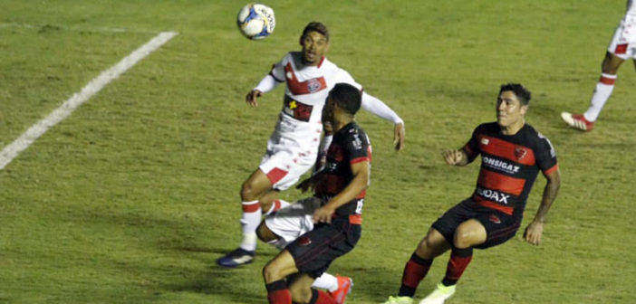 Oeste Barueri bate o Vitória na Arena e melhora classificação