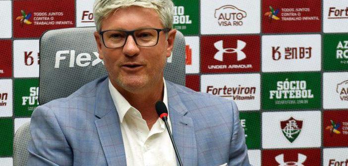 Odair Hellmann comanda Fluminense contra o Bragantino nesta quarta